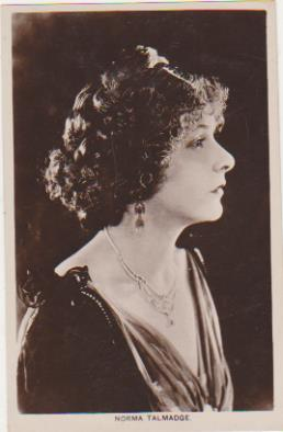Foto-Postal. Norma Talmadge. Real Photograph. Long Acre London 1920-30